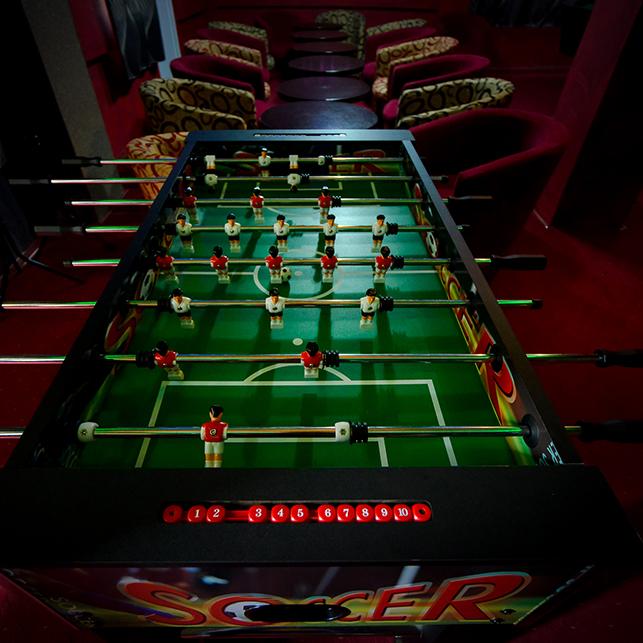 masa soccer pentru petreceri